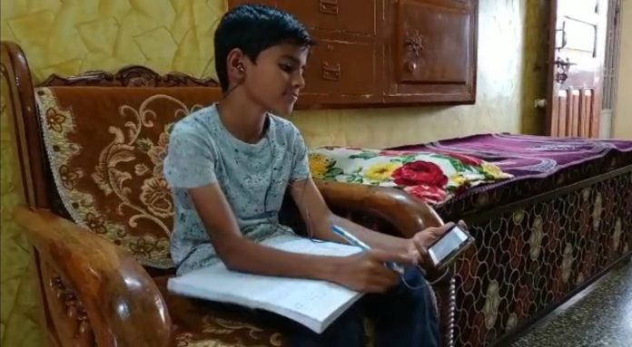 During Covid Epidemic, Child From Nabipur Composed a Poem-suratheadlines