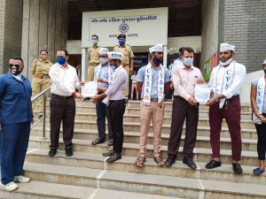 CYSS Showing Slippers in Hand at VNSGU in Surat-suratheadlines