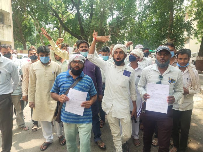 Application of Tribal Community at Collectorate in Godhra-suratheadlines