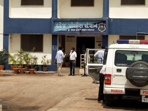 Bharuch LCB Police Nabbed Large Network of Chemical Theft-suratheadlines